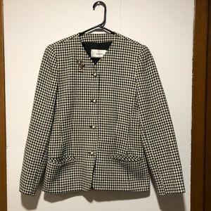 Houndstooth blazer with pearl buttons Sz L